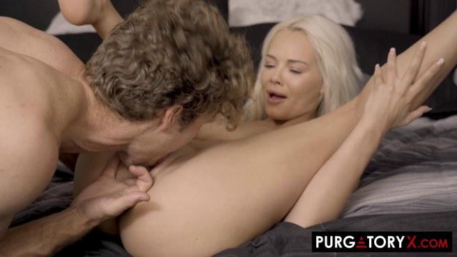 Чирлидерша натирает мягкой вагиной и глубокой глоткой хер кудрявого хоккеиста #4