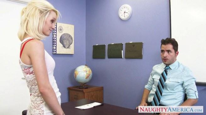 Учитель в голубой рубашке на столе выебал студентку в красных туфлях во все щели #1