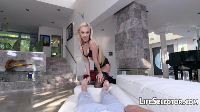 Блондинка перед видеокамерой опустилась лохматой ватрушкой на член друга #2