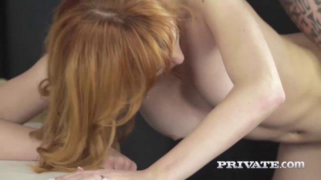 Красотка занялась жарким сексом с шеф-поваром на столе #10