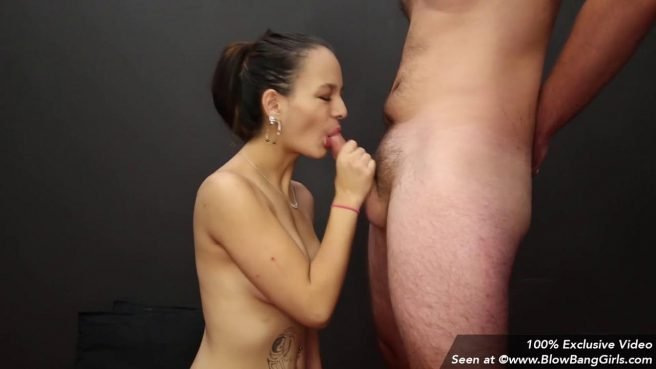 Девушка отсосала сразу два члена на порно кастинге #4