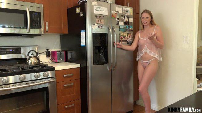 Друг балует свою девушку с утра классным сексом раком #1