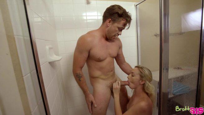 Самец шантажом заставил хрупкую блондинку оседлать его стояк #9
