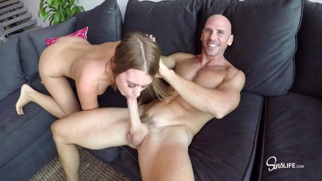 Двойной минет и жаркий секс втроем с подругами #6