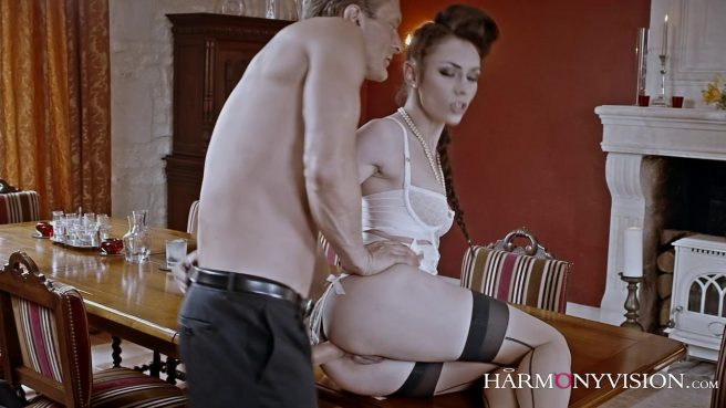 Опытная любовница знает, как довести зрелого самца до экстаза #4