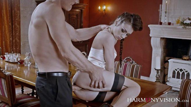 Опытная любовница знает, как довести зрелого самца до экстаза #5