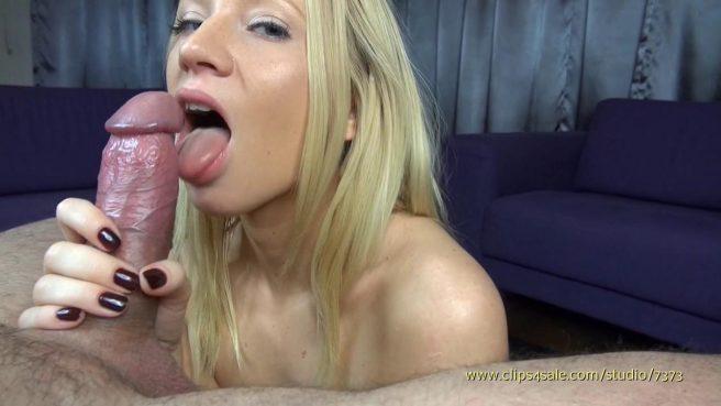 Классный отсос в видео от первого лица в исполнении блондинки #5
